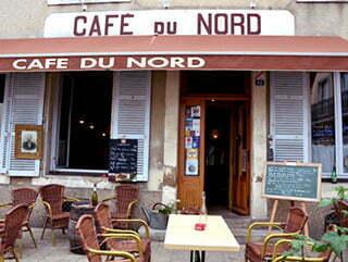 La façade du Café du Nord, à Arnay-le-Duc.