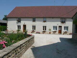 Chez Nicole Gaillot à Longecourt-les-Culêtre.