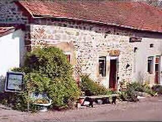 Chez M et Mme Bassy-Langlade à Viévy.